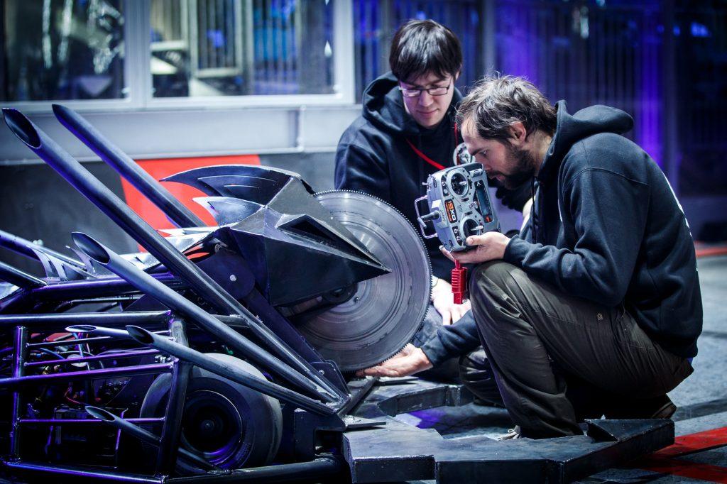 Robot Wars Dead Metal House Robot Testing - Welded with R-Tech Welder